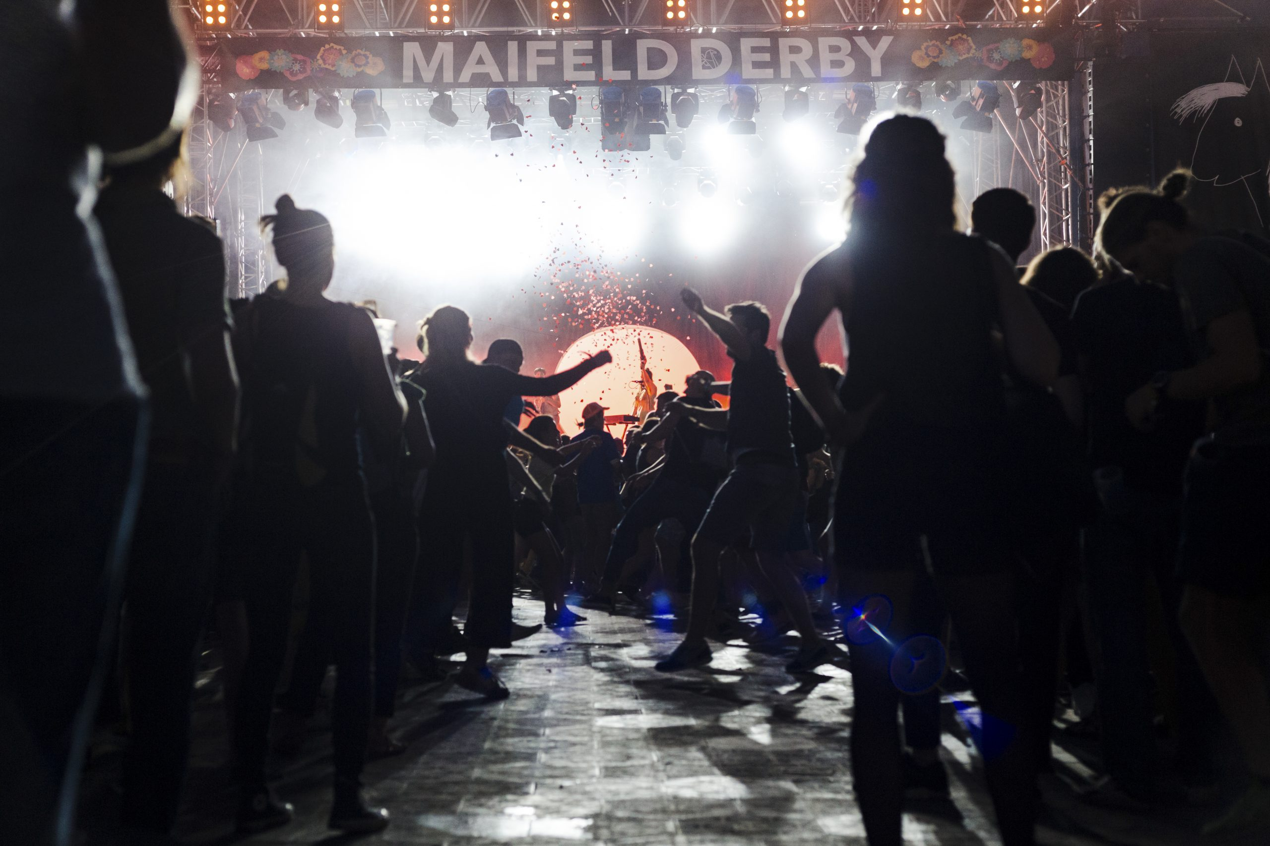 """Featured image for """"Maifeld Derby"""""""